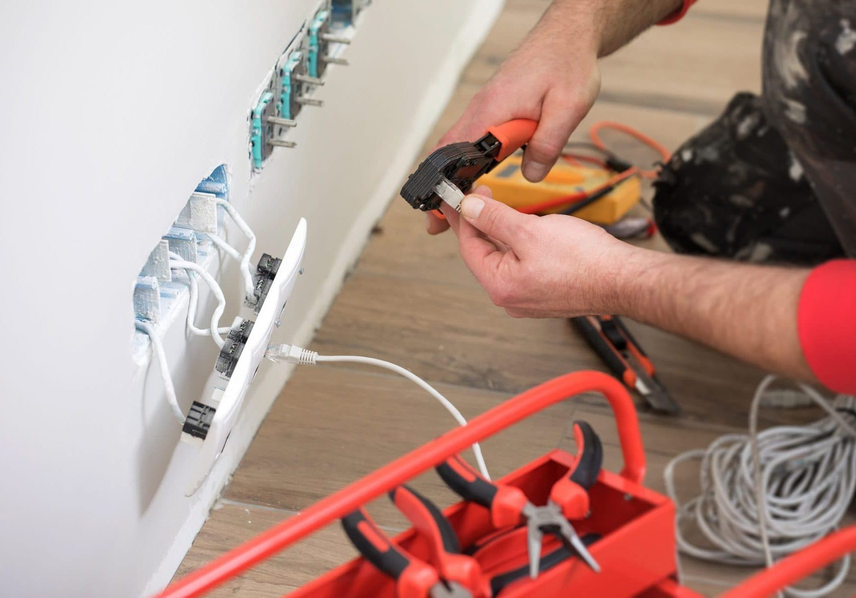 Electrical Installations ICT Electrical Operative Course